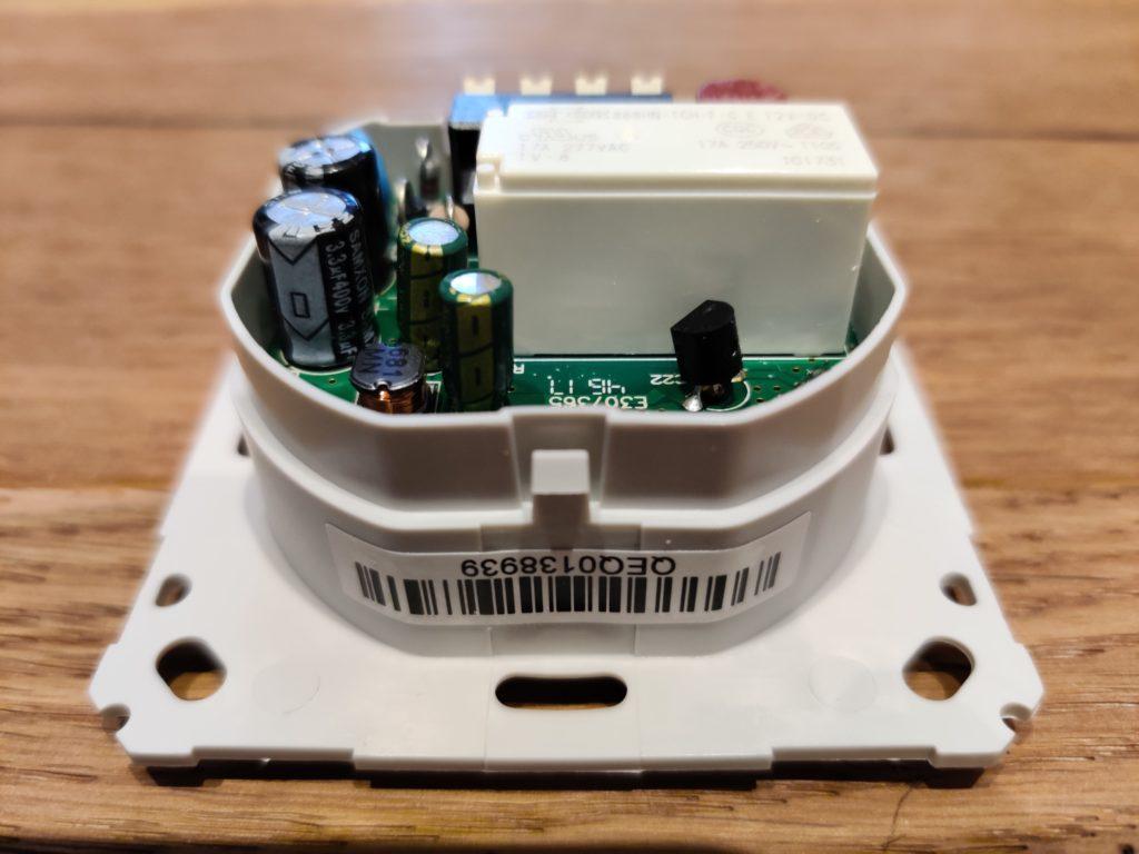 Foto von einem HomeMatic-Schalter neuerer Baureihe
